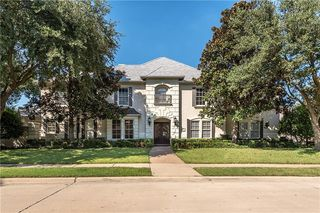 5701 Woodmont Ct, Plano, TX