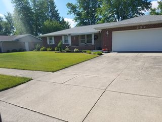 252 Anthony Dr, Saint Henry, OH