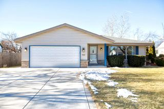 5925 S 34th St, Greenfield, WI