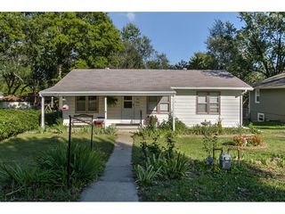 137 Arthur Ave, Bonner Springs, KS