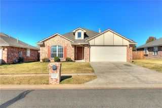 513 SW 39th St, Moore, OK