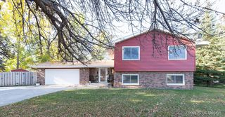 3831 River Dr S, Fargo, ND
