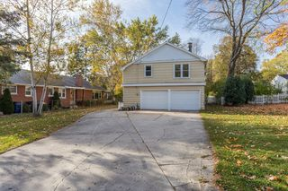 346 E Allouez Ave, Green Bay, WI