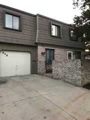 849 Tollis Pkwy #8, Broadview Heights, OH