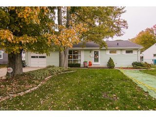 219 Fairfield Rd, Avon Lake, OH