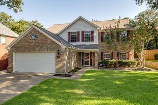3417 Rosemary Ct, Bedford, TX