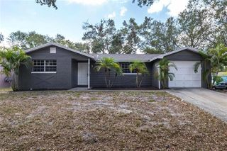 1317 Crossbow Ln, Tarpon Springs, FL