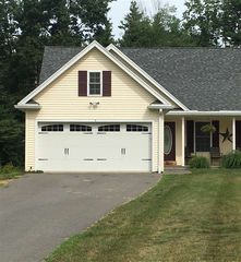 3 Karls Cir #B, Plaistow, NH