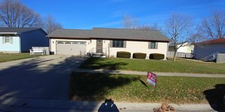 1312 Rosewood Dr, Mount Zion, IL