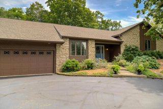 4124 Georgesville Wrightsvl Road, Grove City OH