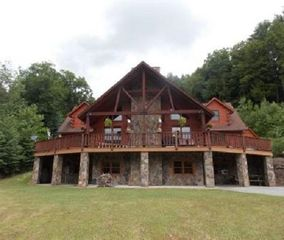 89 Bucktail Trail Hwy, Driftwood, PA