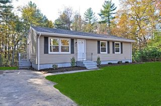 564 Caswell St, East Taunton, MA
