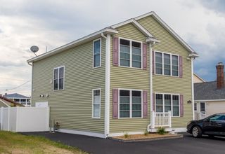 533 Manchester St, Seabrook, NH