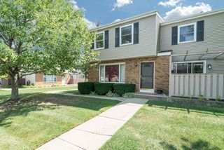 1113 Manchester Ct, South Elgin, IL