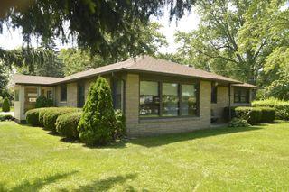 633 East Rawson Avenue, Oak Creek WI