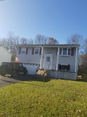 19 Holly Blvd, Scotia, NY