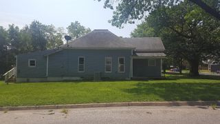 802 S Malcolm Ave, Chanute, KS