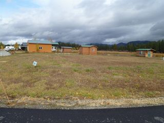 176 Guinevere Dr, Usk, WA