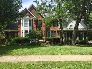 2806 Avenue Of The Woods, Louisville, KY