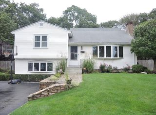 132 Valley Rd, Needham, MA