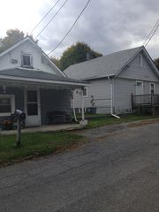 124 Railroad Ave, Kingston, NY