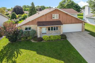5049 Brookfield Circle, Manitowoc WI