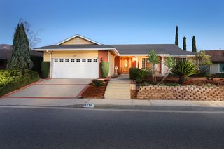 9238 Scotmont Dr, Tujunga, CA