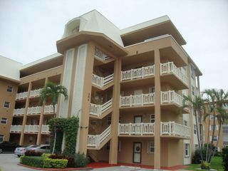 304 Golfview Rd #107, North Palm Beach, FL