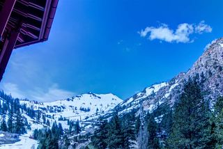1995 Squaw Valley Rd #1302, Olympic Valley, CA