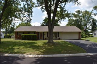 94 Benzell Dr, Dayton, OH