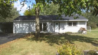 810 Maxine Dr, Ossian, IN