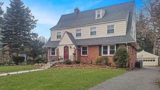 172 Greenacre Ave, Longmeadow, MA