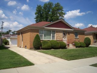 1648 Heidorn Ave, Westchester, IL