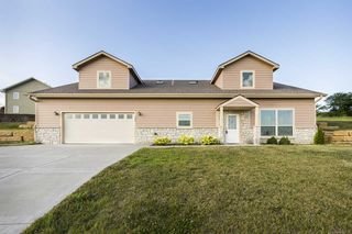 325 Highland Pointe Drive, Manhattan KS