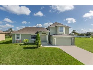 419 SE 15th Ter, Cape Coral, FL