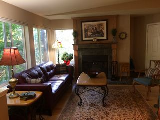 5058 Foothills Dr #A, Lake Oswego, OR