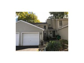 8660 W 108th Pl, Overland Park, KS