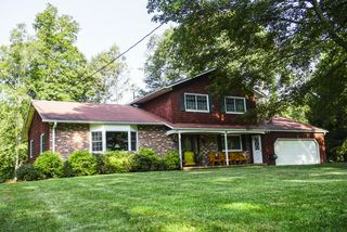 16 Pine Glen Ter, Wallingford, CT