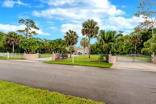 580 Pine Hollow Lane, West Palm Beach FL