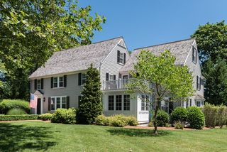 20 Middle St, Hingham, MA