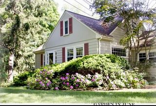 13 Valley View Rd, Wayland, MA
