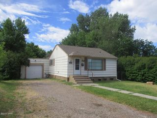 2104 6th Ave S, Great Falls, MT