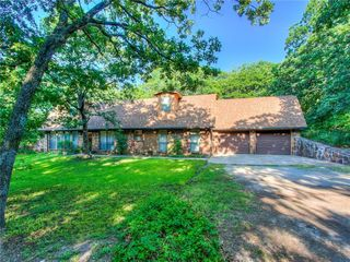 6 Timber Oaks Rd, McLoud, OK