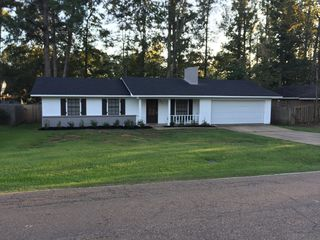 237 Lewis St, Florence, MS
