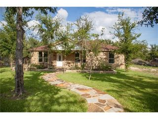 191 Norwood Ln, Elgin, TX