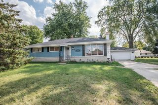 N65W24173 Elm Ave, Sussex, WI