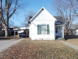 209 S 8th St, Coulterville, IL