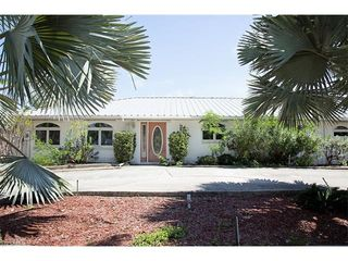 11800 Isle Of Palms Dr, Fort Myers Beach, FL
