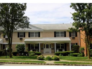 244 Parkside Drive, Suffern NY
