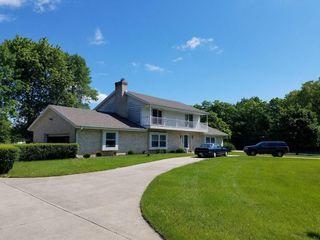 812 West Glen Oaks Lane, Thiensville WI
